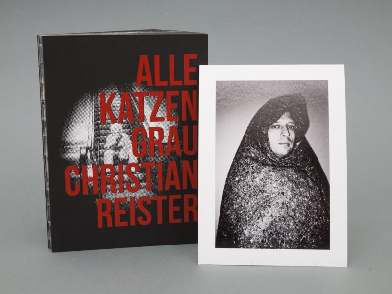 "Book with print ""Frau"""